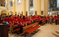 Versprechen der Franziskanischen Jugend in der Klosterkirche